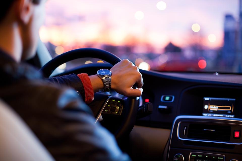 Уряд змінив Правила дорожнього руху